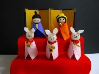 厚紙でひな祭り衣装