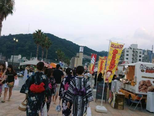 熱海花火大会2016 場所と屋台
