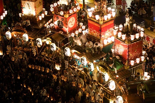熊谷うちわ祭の山車ってホント綺麗です