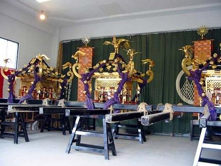 三社祭の神輿の重さは?