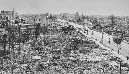 終戦後の焼け野原