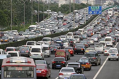 高速道路ピーク渋滞の状況
