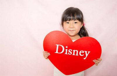 我が家の4歳の娘が最近ついにディズニーにどハマりしました。