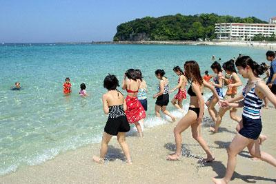 白良浜海水浴場といえばサラサラな砂浜での海水浴や磯遊びが思い浮かびます。