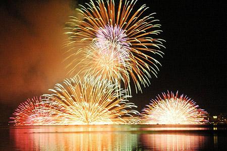 百景園から観た花火
