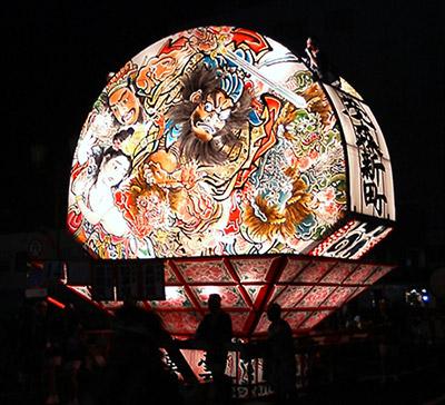 ねぷた:弘前市のお祭り